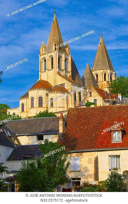 Loches, Saint Ours Church, Indre-et-Loire, Touraine, Pays de la Loire, Loire Valley, UNESCO World Heritage Site, France