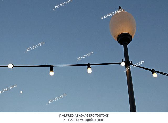 Streetlight, Tibidabo Amusement Park, Barcelona, Catalonia, Spain