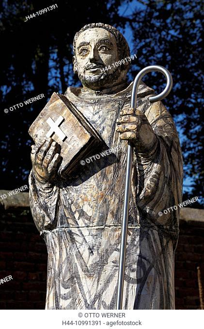 Statue Bernhard von Clairvaux in Grevenbroich-Langwaden, North Rhine-Westphalia