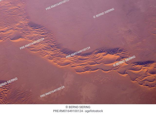 Aerial View of Sahara / Luftaufnahme der Sahara