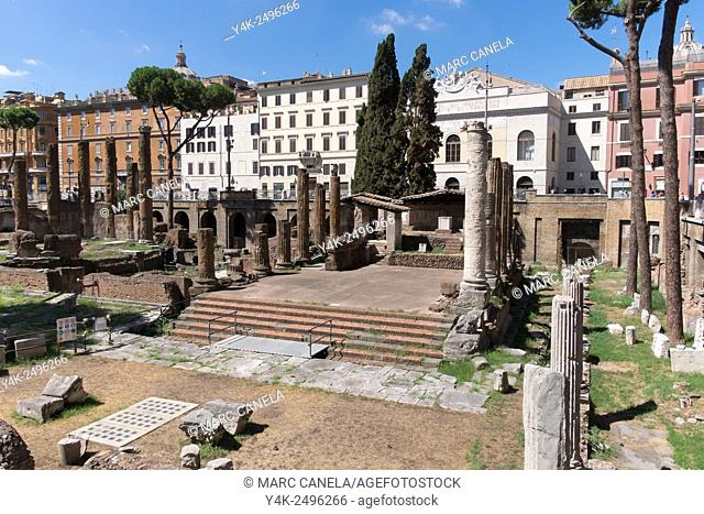 Europe, Italy, Roma, largo di torre argentina. Largo di Torre Argentina is a square in Rome, Italy, that hosts four Republican Roman temples