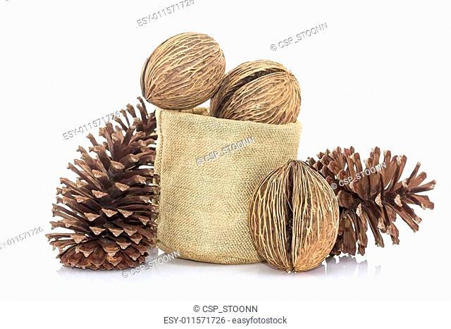 Othalanga - Suicide tree seed and cedar pine cone in sacks fodde