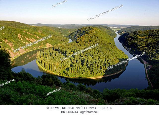 Sinuosity of the river Saar from the viewpoint Cloef near Orscholz, Mettlach, Saarland, Germany, Europe