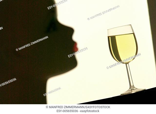 Black , Drinking , Getraenk , Red mouth , Shade , Silhouette , Still Life , White wine , White wine , Wine , Wine glass
