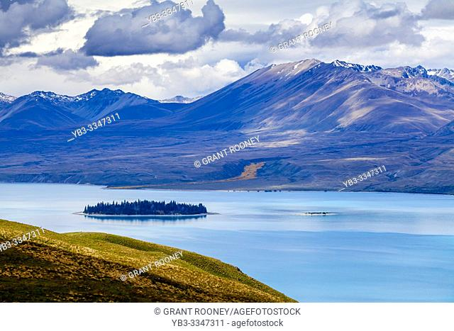 Lake Tekapo and Southern Alps, Canterbury Region, South Island, New Zealand