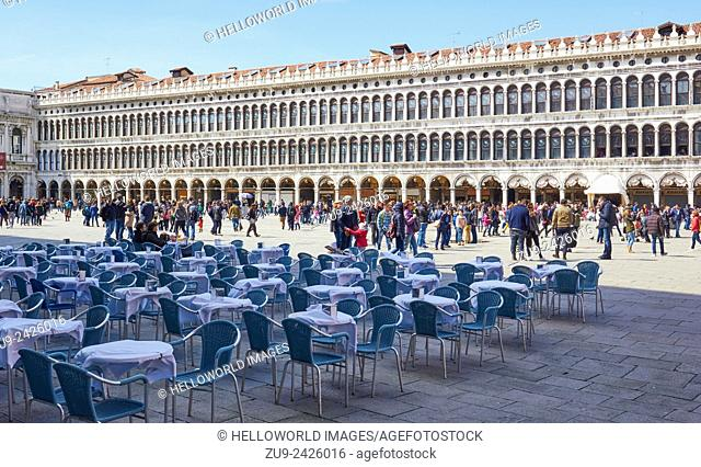 Cafe culture and tourists, Piazza San Marco, Venice, Veneto, Italy, Europe