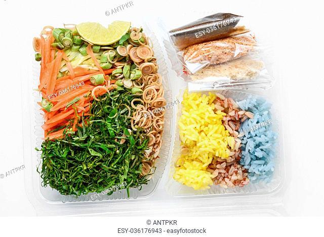 thai rice salad, khao yam, thai cuisine