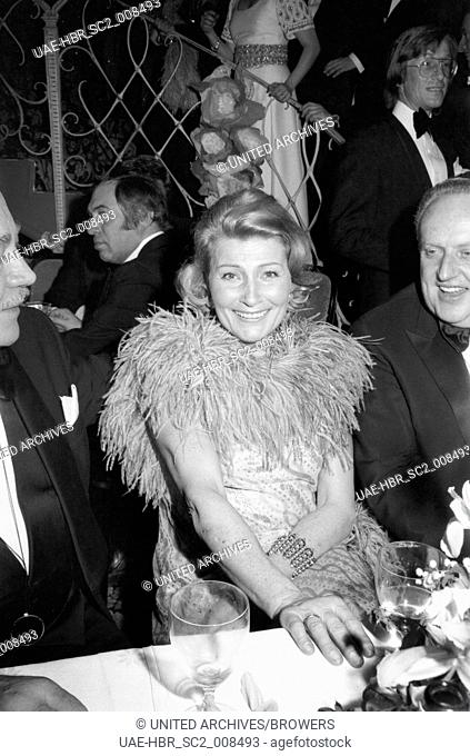 Die deutsche Schauspielerin Winnie Markus (?) bei den 25. Internationale Filmfestspiele Berlin 27. Juni - 08. Juli 1975, Deutschland 1970er Jahre