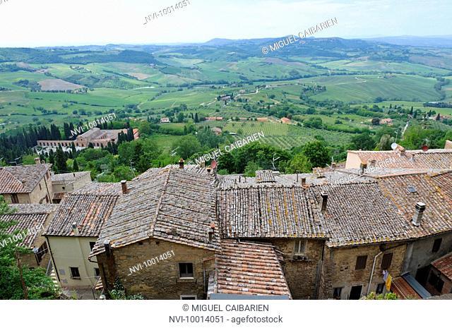 View from Montepulciano towards surrounding area, Tuscany, Italy, Europe