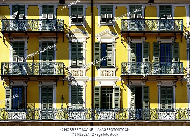 Europe, France, Alpes-Maritimes, Nice. Typical colorful facade of Old town