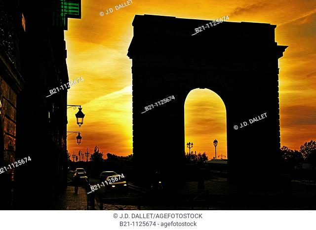 France. Gironde. Bordeaux. 'Porte de Bourgogne' at sunrise