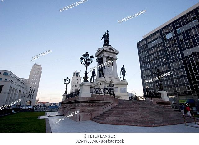 Monument To The Heroes Of The Naval Combat Of Iquique In 1879 On Plaza Sotomayor, Valparaiso, Valparaiso Region, Chile