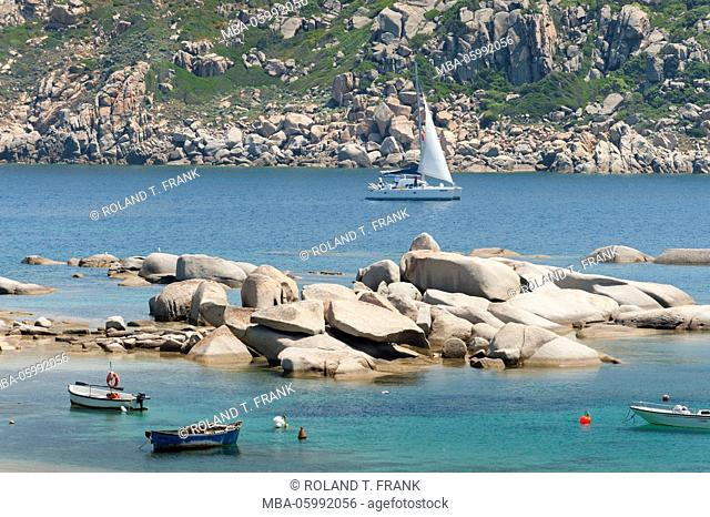Italy, Sardinia, typical coastal scenery at the Baia Santa Reparata close to Santa Teresa