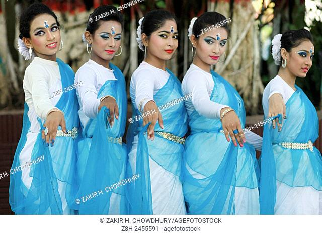 DHAKA, BANGLADESH - 15th June : A group of girl performing dance during the opening of Rainy Season Festival in Dhaka on 15th June 2015