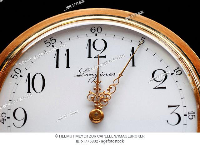 Longines gold plated pocket watch, five to twelve, 19th century, detail