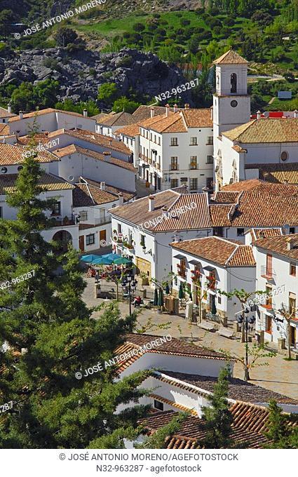 Grazalema, White Towns of Andalusia, Sierra de Grazalema Natural Park. Cadiz province, Andalusia, Spain