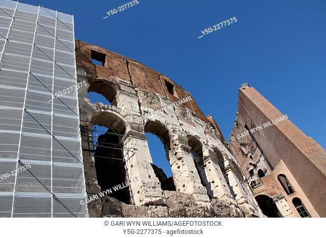 Rome, Italy. 30th September 2014. The second restoration stage underway as scaffolding is erected around the Colosseum as part of a 25 million euro restoration...