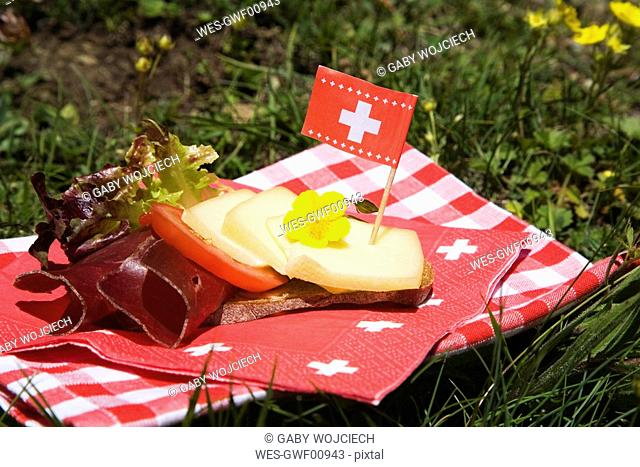 Snack, Swiss specialty, Bündner dry meat over bread