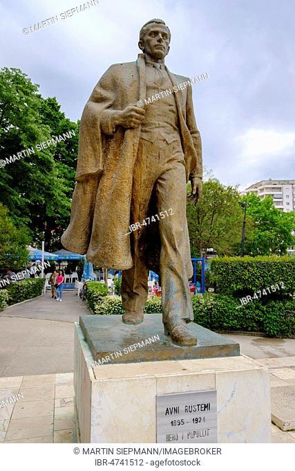 Monument to Avni Rustemi, Vlorë, Vlorë, Qark Vlorë, Albania