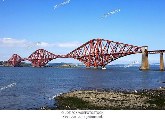 forth bridge cantilever railway bridge over the first of forth scotland uk united kingdom viewed from south queensferry