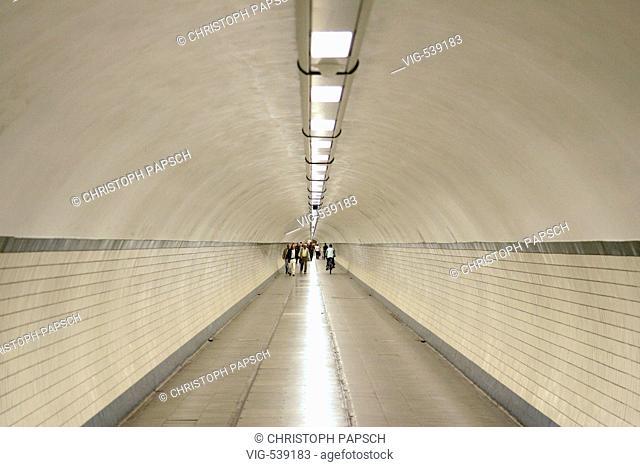 Belgium, Antwerp. Pedestrian Tunnel under River Schelde in Antwerp. - Antwerpen, Belgien, 04/09/2007