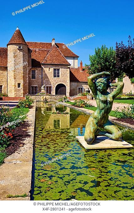France, Cher (18), Berry, Saint-Amand-Montrond, St Vic museum, the Jacques Coeur road