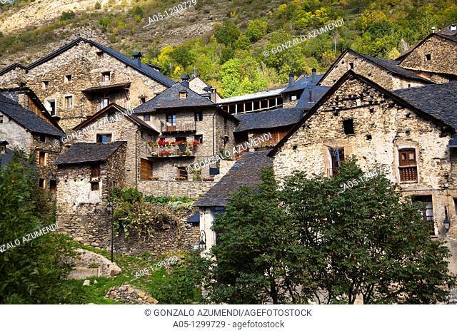 Durro  Boi - Taull Valley. Alta Ribagorça, Lleida province, Catalonia, Spain