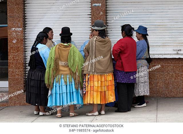 Women standing in circle, La Paz, Bolivia