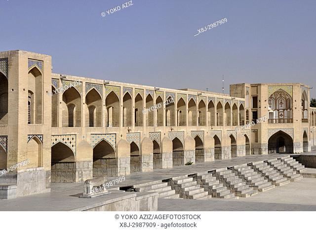Iran, Isfahan, Sio-Se bridge
