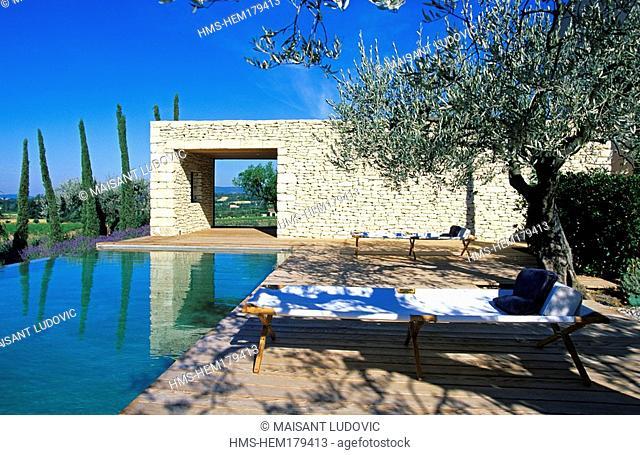 France, Vaucluse, Luberon, Saint Saturnin les Apt, Domaine des Andeols charming hotel