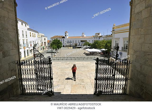 The main square of Elvas seen from the church of Our Lady of Assuncao, the primitive Se Catedral (Motherchurch). Portugal