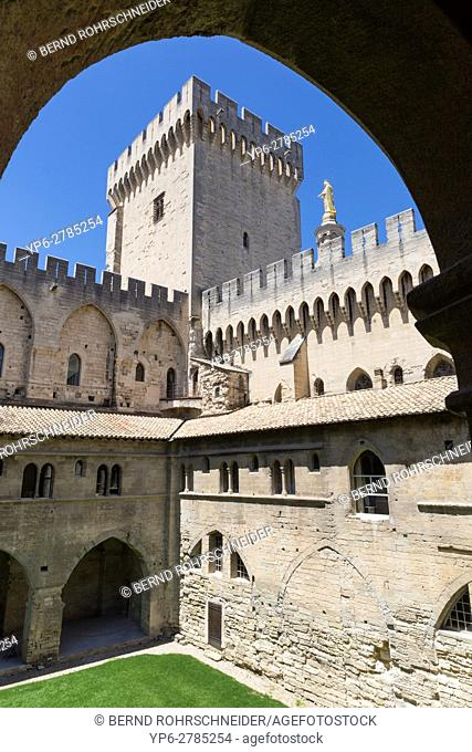 Palais des Papes, Papal palace, Avignon, France
