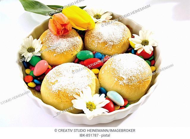 Buchteln, sweet yeast dumplings with Easter eggs