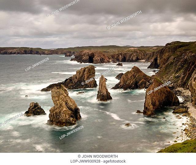 Scotland, Western Isles, Mangersta, Sea stacks off the western coast of the Isle of Lewis in Scotland