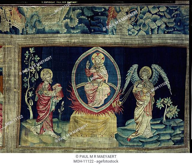 La Tenture de l'Apocalypse d'Angers, L'Ange à l'encensoir 1,55 x 2,62