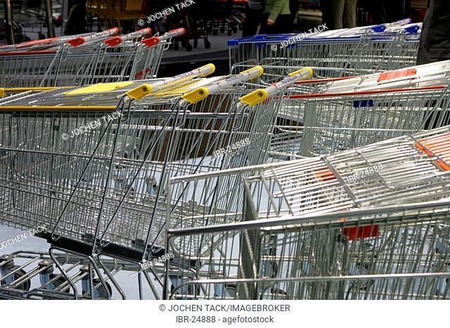 DEU, Germany, Duesseldorf. : Shopping trolley, caddys at the Euroshop, tradeshow for shopfitting, store equipment, visual merchandising, Promotion