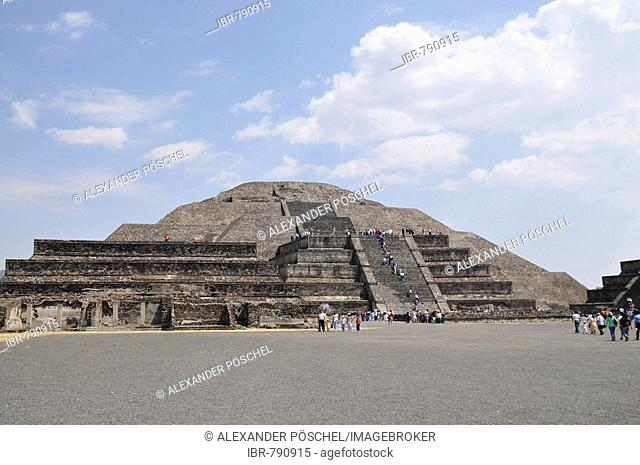 Pyramid of the Moon, Plaza de la Luna, Teotihuacan, Mexico, North America