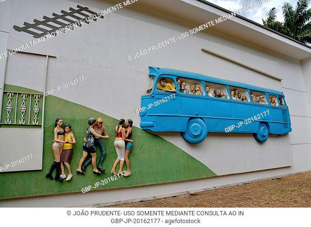 Brumadinho Road by John Ahearn and Rigoberto Torres, Brumadinho, Minas Gerais, Brazil, 12.2015