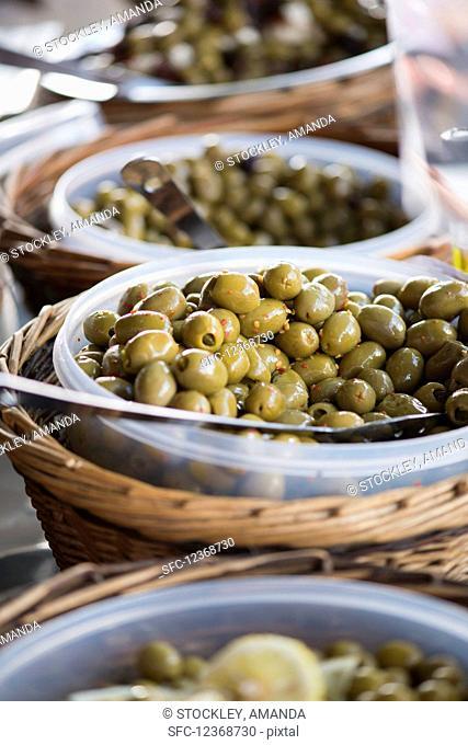 Greek Olives chilli flakes