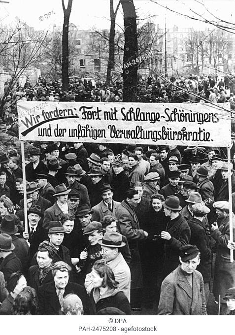 On 30 March 1947, more than 80,000 workers demonstrate in Hofgarten, Dusseldorf, against the disastrous supply situation. - Düsseldorf/Germany