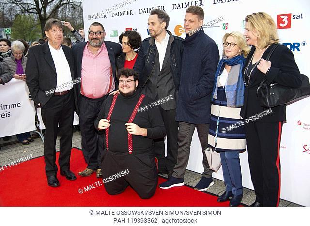 from left: Joerg GUDZUHN, Jörg, actor, xxx in front: Axel RANISCH, director, Soenke ANDRESEN, Sönke, 3.vr, Gisela SCHNEEBBERGER, actress, 2