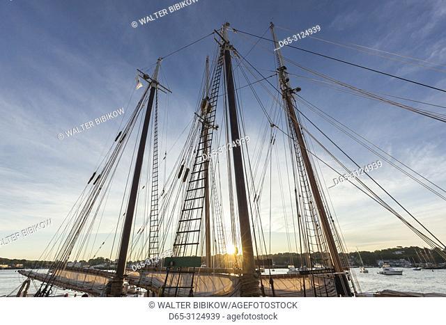 USA, New England, Cape Ann, Massachusetts, Gloucester, Gloucester Schooner Festival, sailing ship masts