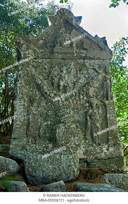 Turkey, Antalya, Olympos, excavations of the antique city of Olympos, lykischer sarcophagus at the necropolis