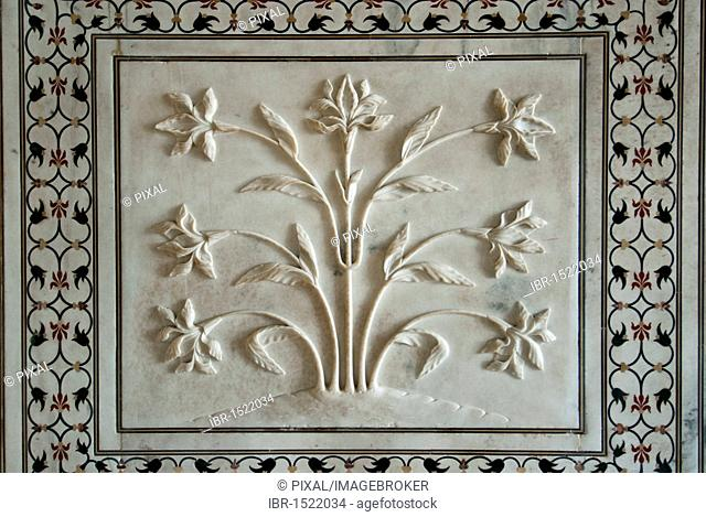 Marble cutting, flower, wall decoration, Taj Mahal, Agra, Uttar Pradesh, India, Asia