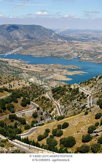 View over the Embalse de Zahara reservoir, Parque Natural Sierra de Grazalema, Andalucia, Spain
