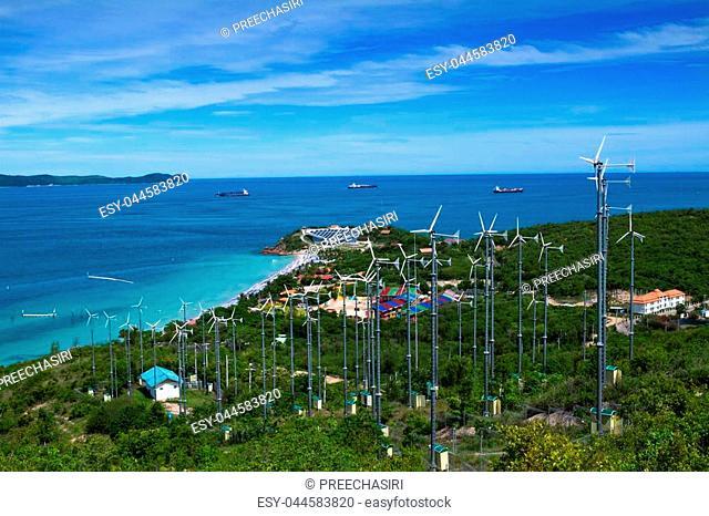 beautiful beach and tropical sea, Koh Larn, Pattaya, in thailand