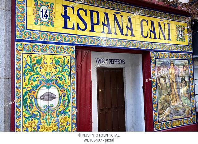 Entrance of España Cañí, typical tapas bar in Santa Ana Square, Comunidad de Madrid, Spain, Europe