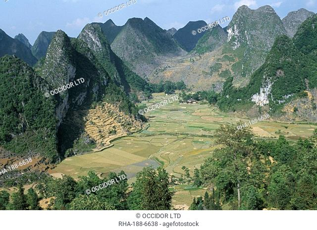 Karst limestone sceney, Ziyun, Guizhou, China, Asia