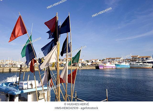 France, Vendee, Ile de Noirmoutier, L'Herbaudiere, fishing harbour