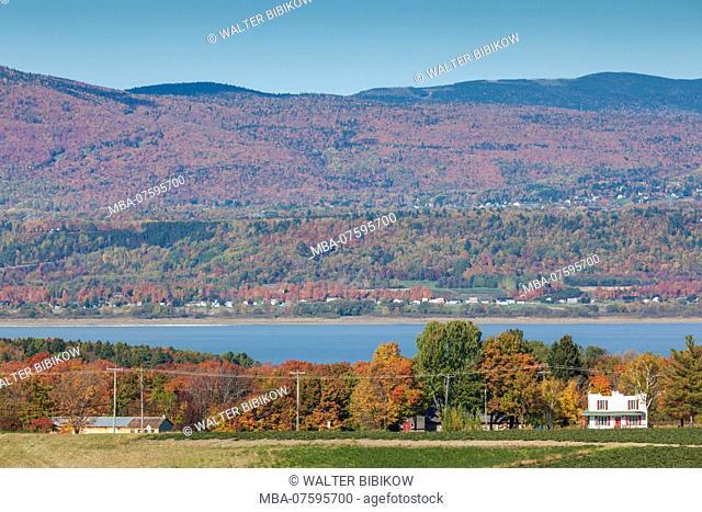 Canada, Quebec, Ile d'Orleans, Saint-Francois, elevated landscape from the Tour de Nordet tower, autumn